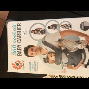 Ergobaby baby carrier 360 cool air baby carrier